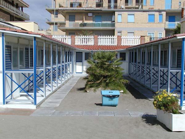 Attrezzature Balneari Meucci: Bagni Vittoria - Ostia (RM)